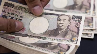 10000 yen notes